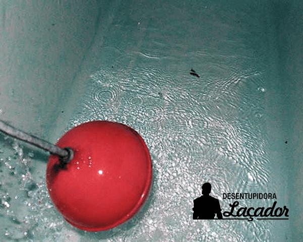 Laçador oferece serviço de limpeza de caixa d'água Porto Alegre