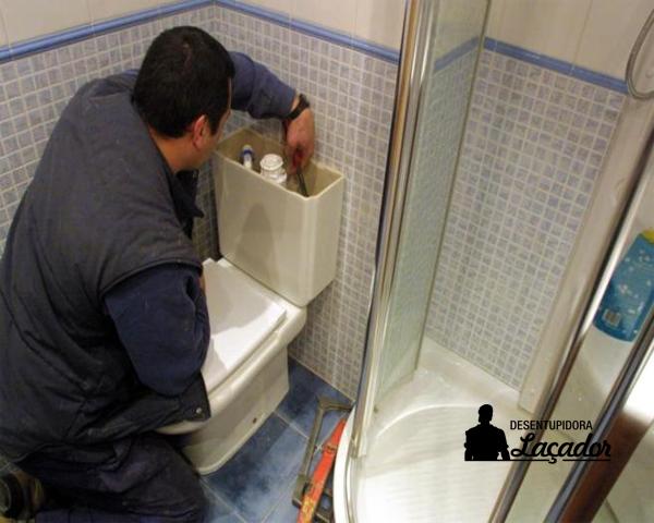 Desentupidoras Porto Alegre Laçador resolve obstruções no vaso sanitário